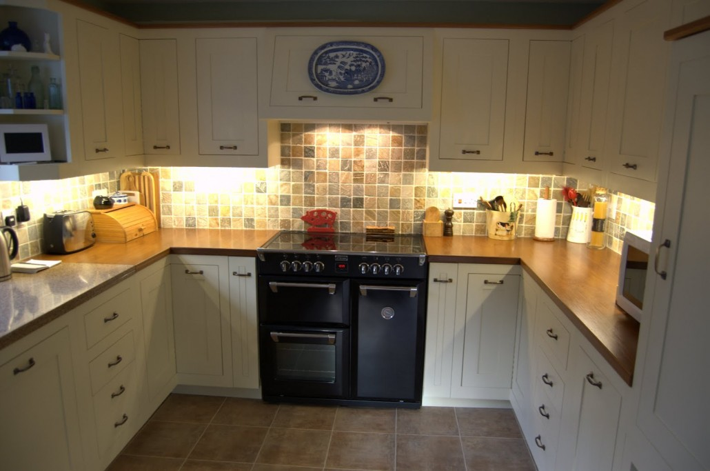 Bespoke Kitchens In Yeovil Donovan Kitchens And Joinery