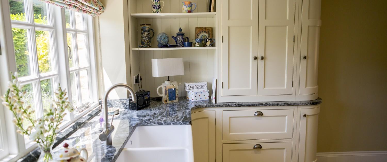 Handmade Kitchens in Yeovil   Donovan Kitchens & Joinery